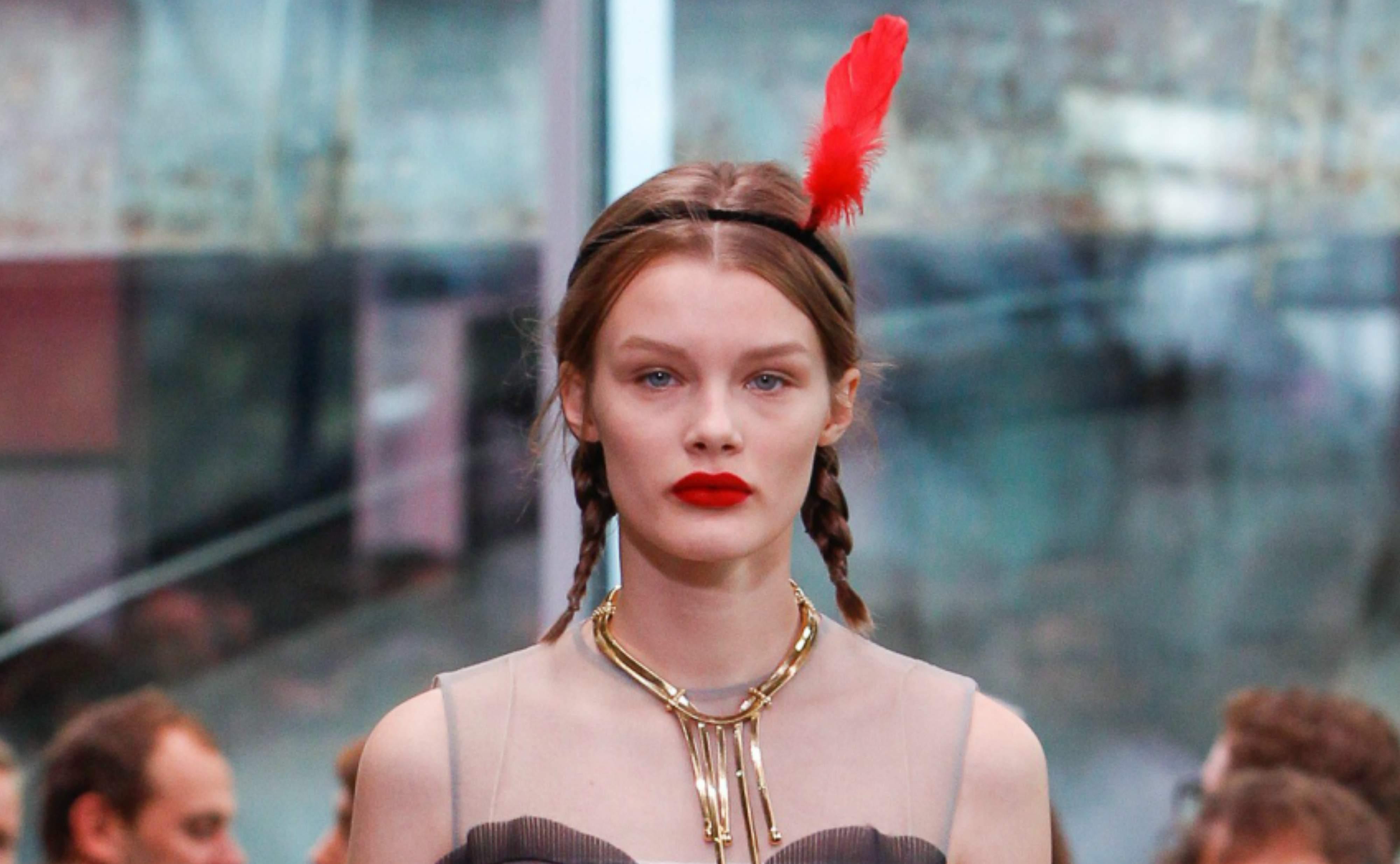 Nærbilde av antrekk fra Prada sin Resortkolleksjon
