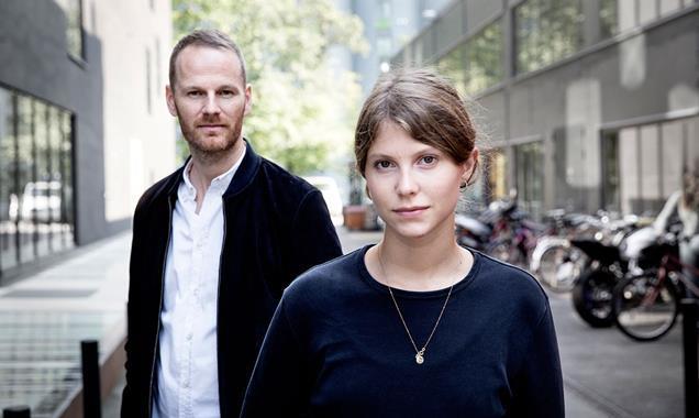 Filmskaper Joachim Trier og hovedrolleinhaver Eili Harboe.