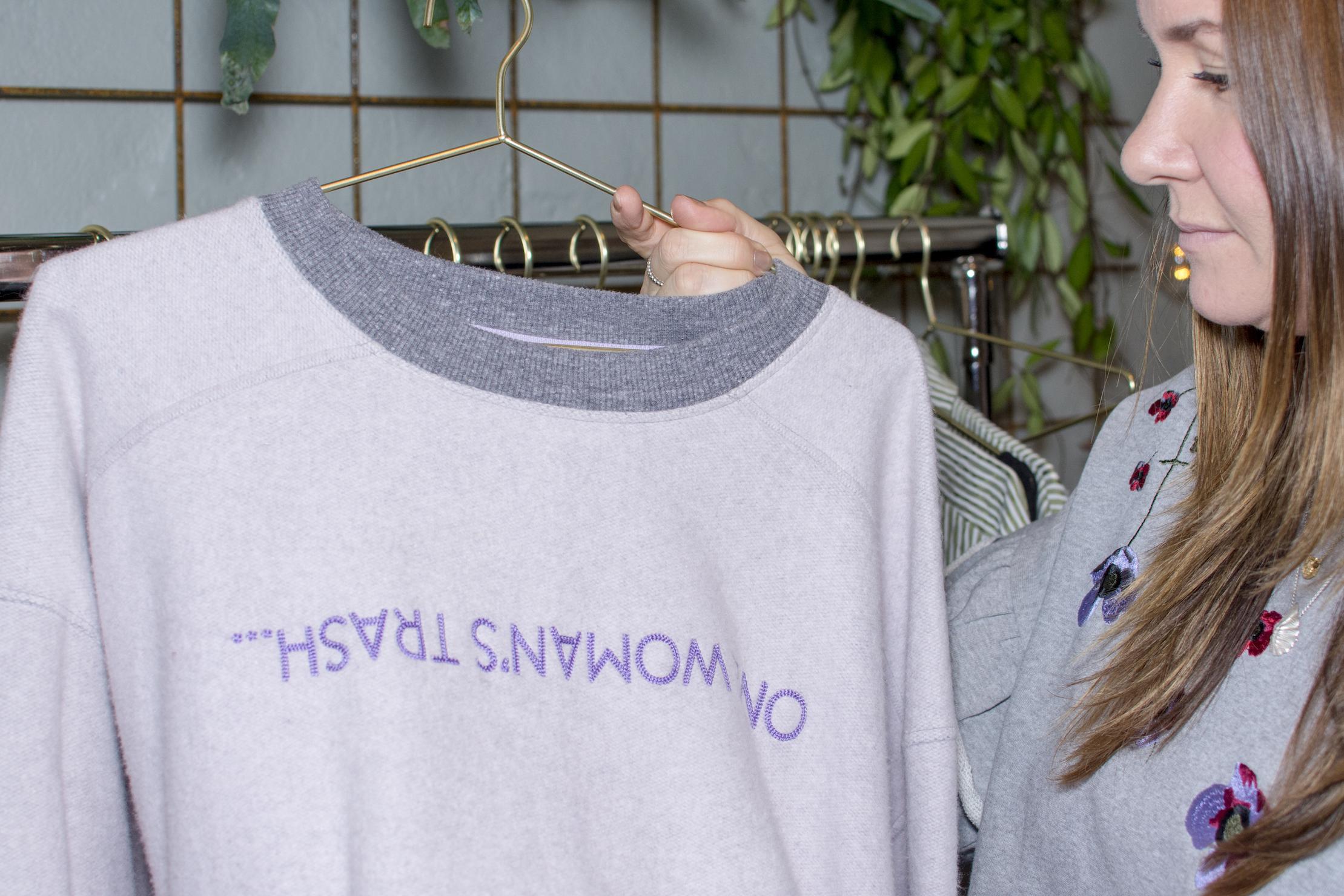 Nordbæk og en genser