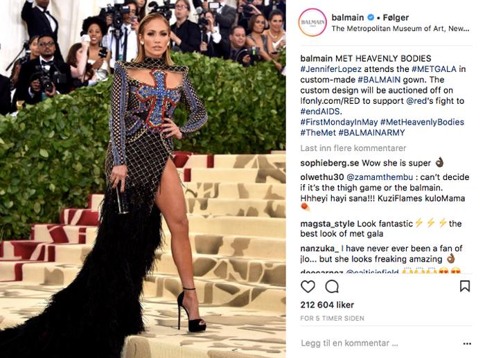 Jennifer Lopez i Balmain under Met Gala