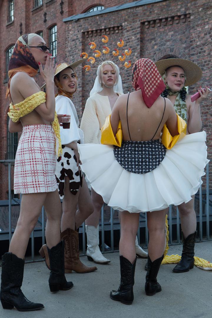 Avgangsvisning kles- og kostymedesign KHiO