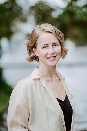 Anja Bakken Riise er leder i Framtiden i våre hender. Hun synes det er bra at et forbud mot mikroplast i kosmetikk er i ferd med å skje.
