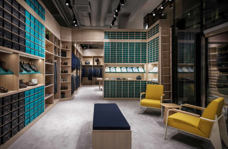 CAVOUR-SHIRT-WALL-LOUNGE-1