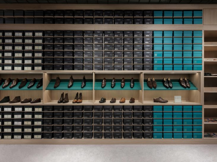 CAVOUR-SHOE-WALL-1