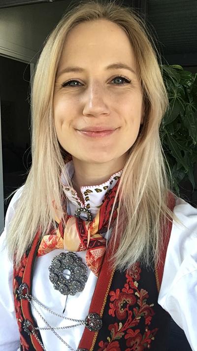 Siri Sveen Haaland er daglig leder i Norges bunadshåndverkere, tidligere Bunadspolitiet