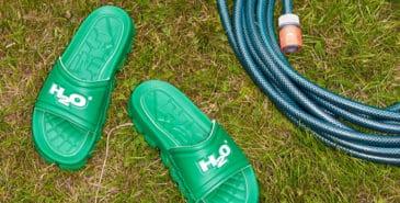 De danske badesandalene H2O relanseres