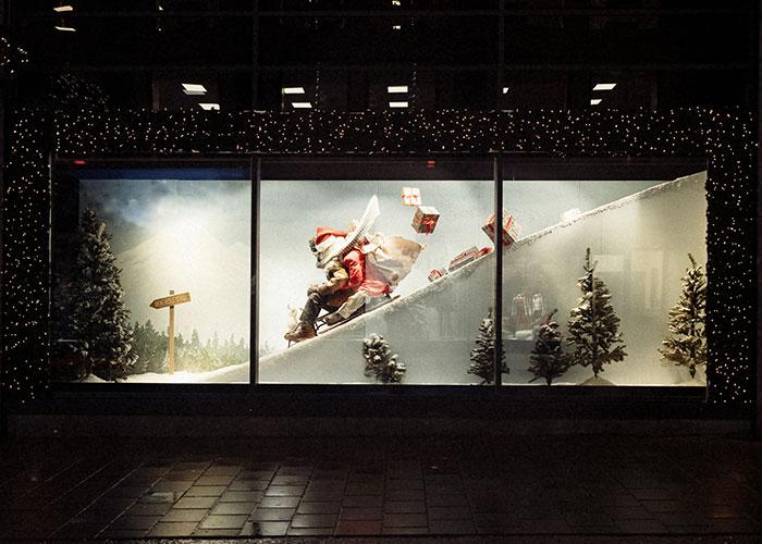 Julevinduer på Steen & Strøm