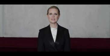"Cynthia Nixon i videoen ""Be A Lady They Said"" Foto: screenshot"