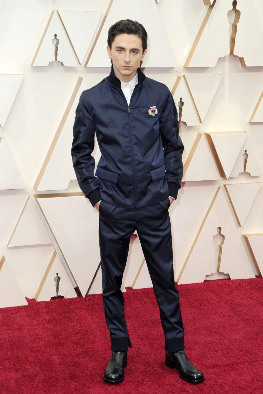 Timothee Chalamet får kritikk for sitt Oscar-antrekk