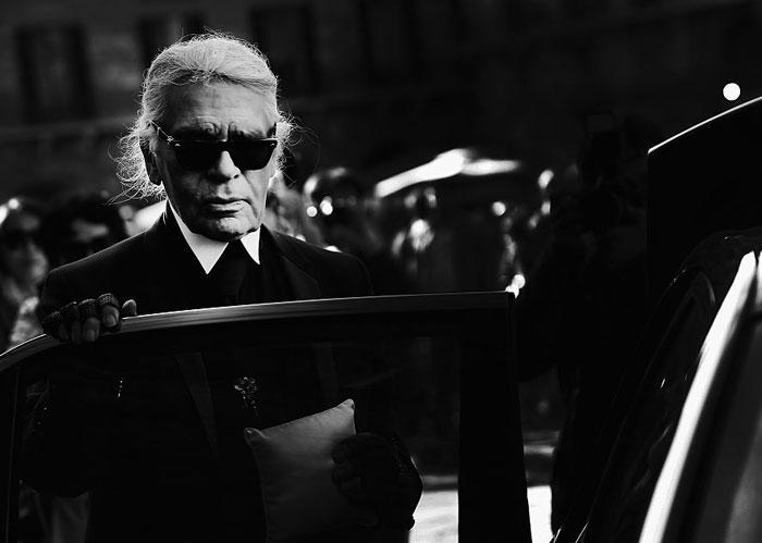 Ett år siden Karl Lagerfeld sin bortgang