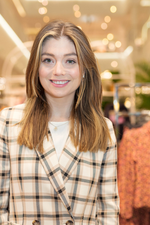 Pressekontakt i H&M Thea Kjendlie om bruken av vegansk skinn