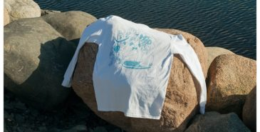 10-10 lager t-skjorter og longsleeve til inntekt for kampen mot coronaviruset