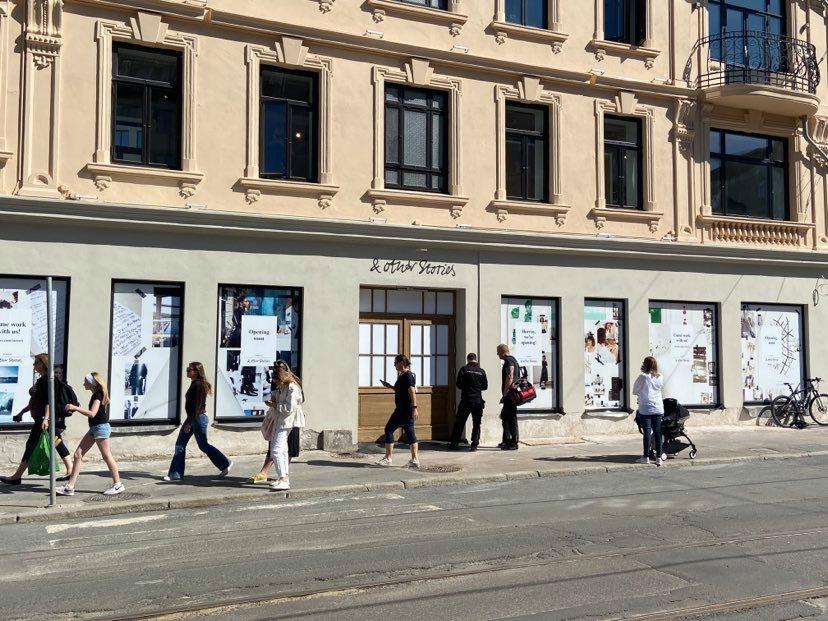 Nå stenger norske klesbutikker igjen