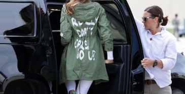 Derfor bar Melania Trump den utskjelte I really don't care do you-jakken