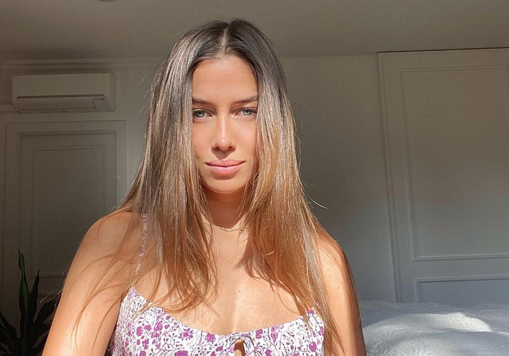 Brad Pitt sin modellkjæreste Nicole Poturalski svarer nettrollene