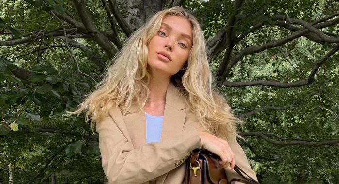 Bilde av Elsa Hosk iført en beige jakke