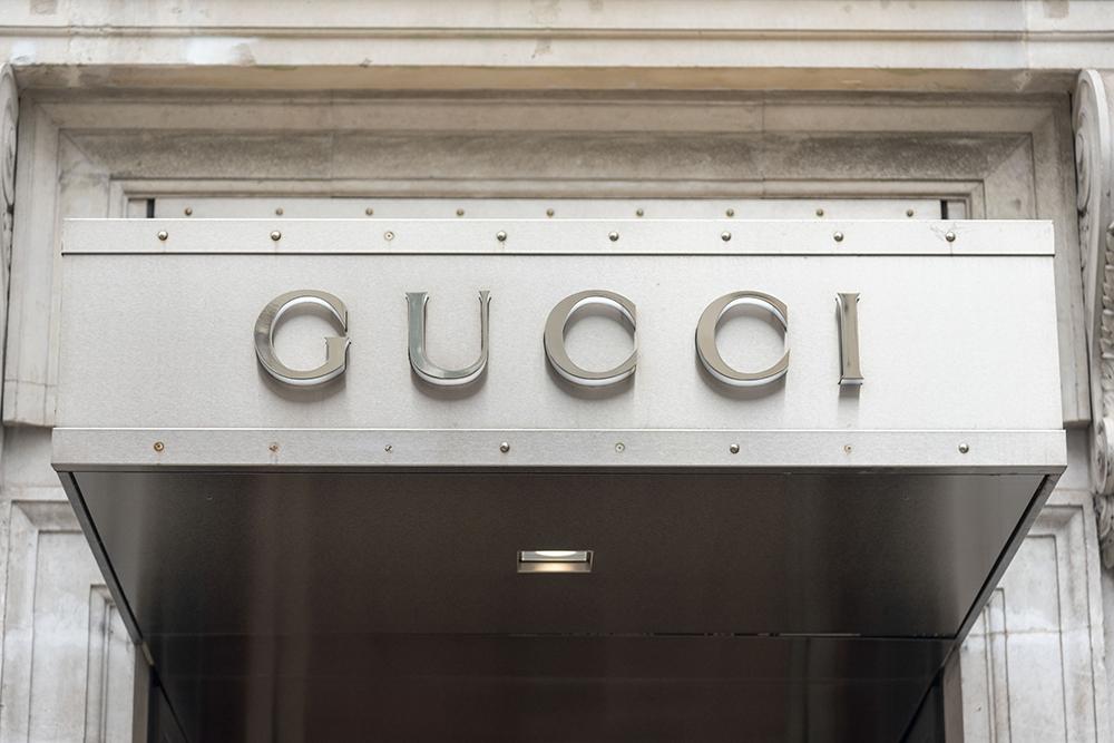Gucci og en rekke andre luksusmerker kan tape stort på koronna