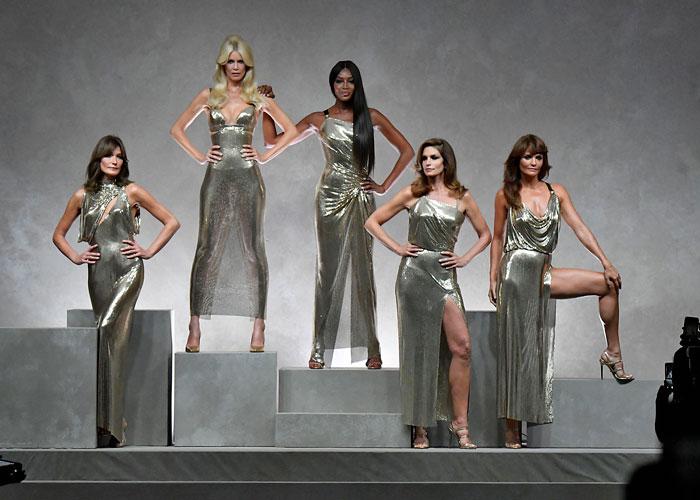 Nå kommer dokuserien om 90-tallets supermodeller