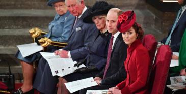 Prins Charles lanserer sin første kleskolleksjon