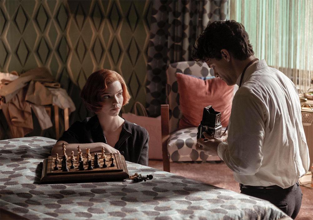 Årets it-frisyre spiller den egentlige hovedrollen i The Queen's Gambit