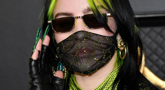 Billie Eilish iført plagg fra Gucci som mange søkte etter i etterkant