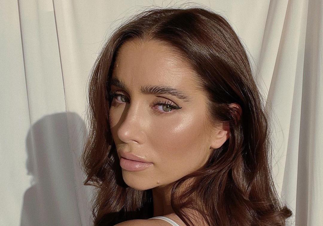 Emilie Tømmerberg deler sine skjønnhetsfavoritter i Mitt skjønnhetsunivers