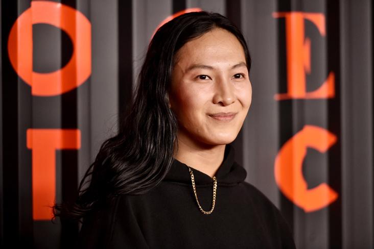 Bli med hjem til Alexander Wang, mener interiørmagasin. Nå får de massiv kritikk