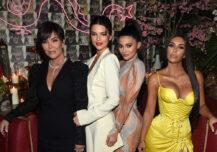 Følger Kris Jenner i døtrenes fotspor?
