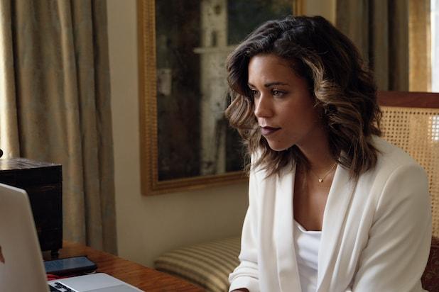 Alexi McCammond sier opp sin stilling som sjefredaktør i Teen Vogue