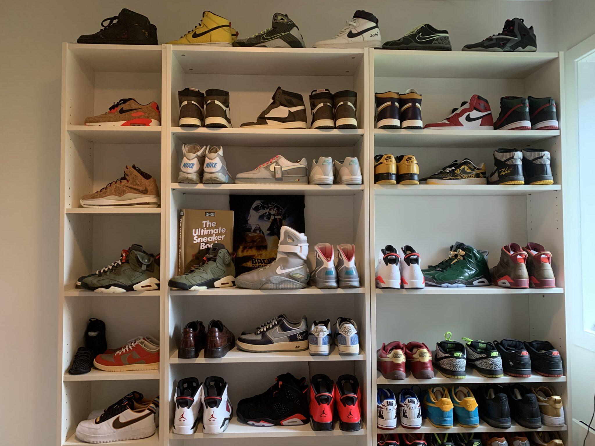 Dette er status for resell-markedet av sneakers i Norge i 2021. Her bilde av en liten bit av samlingen til Bård Olerud.