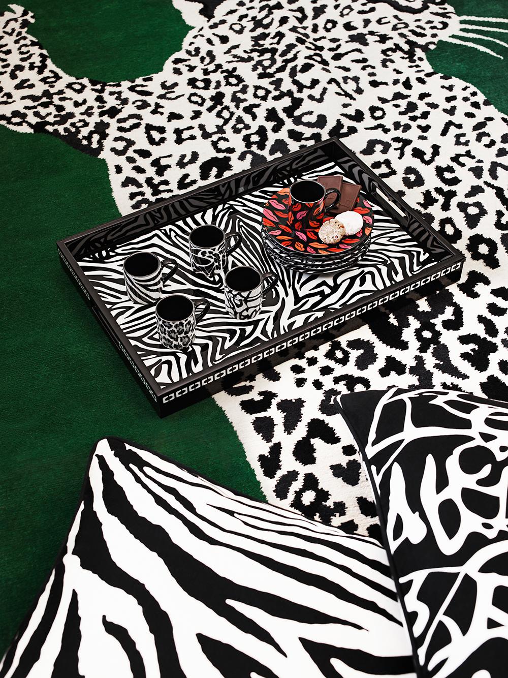 H&M slipper samarbeidet med Diane von Furstenberg