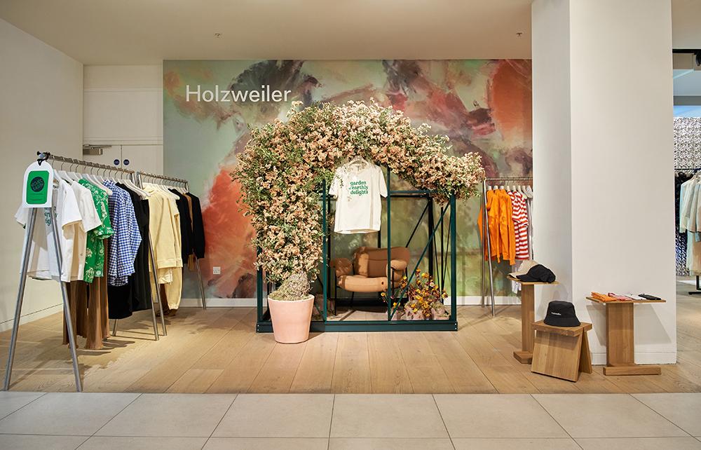 Holzweiler med pop-up shop på Selfridges i London