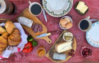 Helle Øder Valebrokk forteller Melk & Honning om sine beste tips til årets 17. mai-frokost