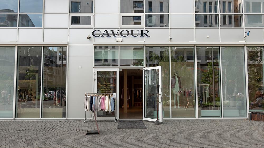 Cavour Dame