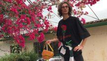 Inti Wang på catwalken under legendarisk Balenciaga-visning