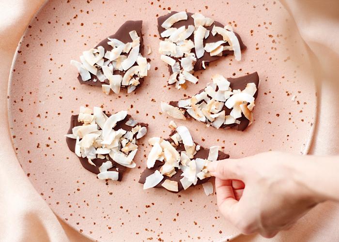 Malin Ekström deler sine beste tips til vegansk snacks til helgen